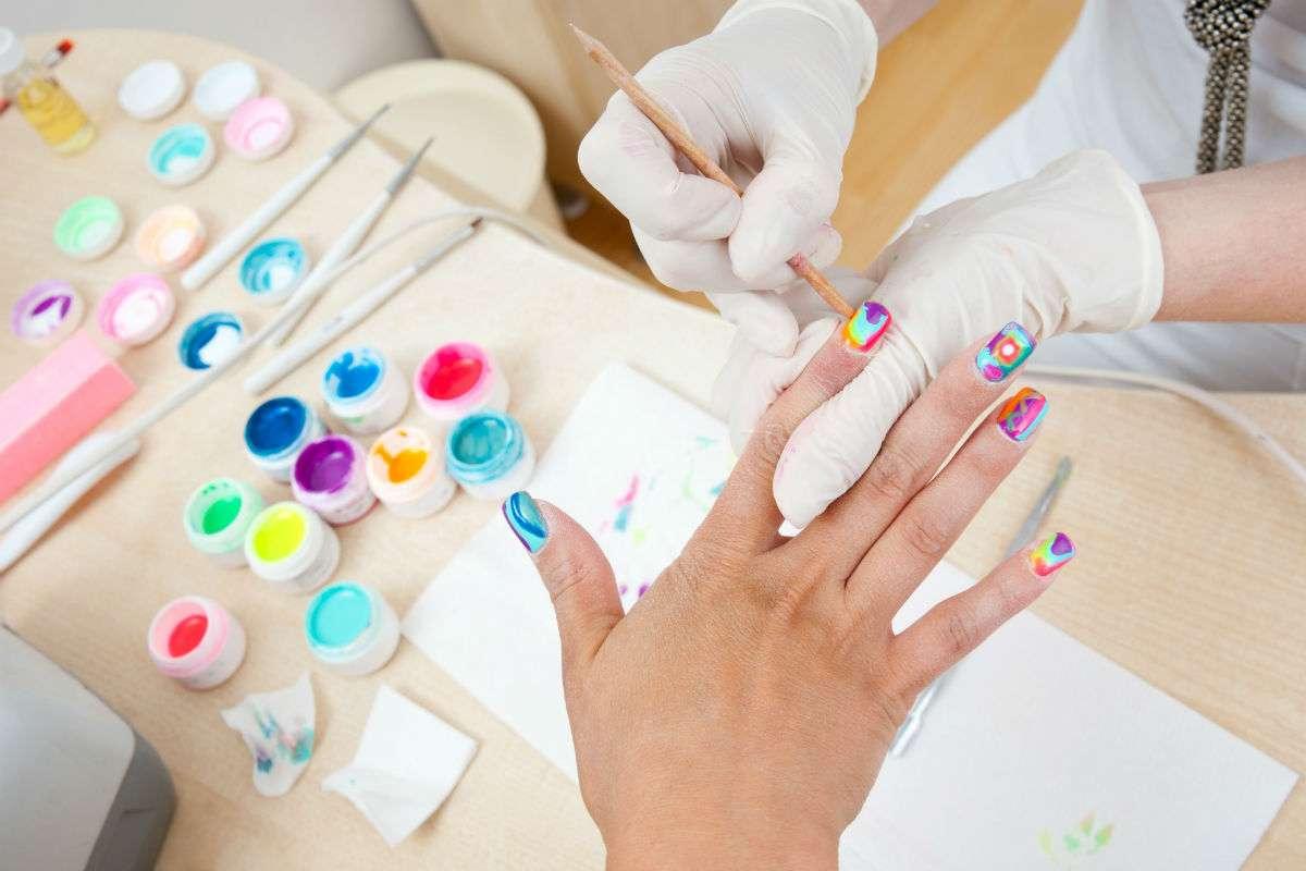 Manicure: come scegliere la forma delle unghie