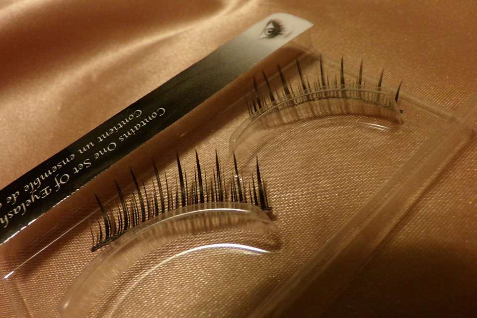 eyelashes-315626_960_720
