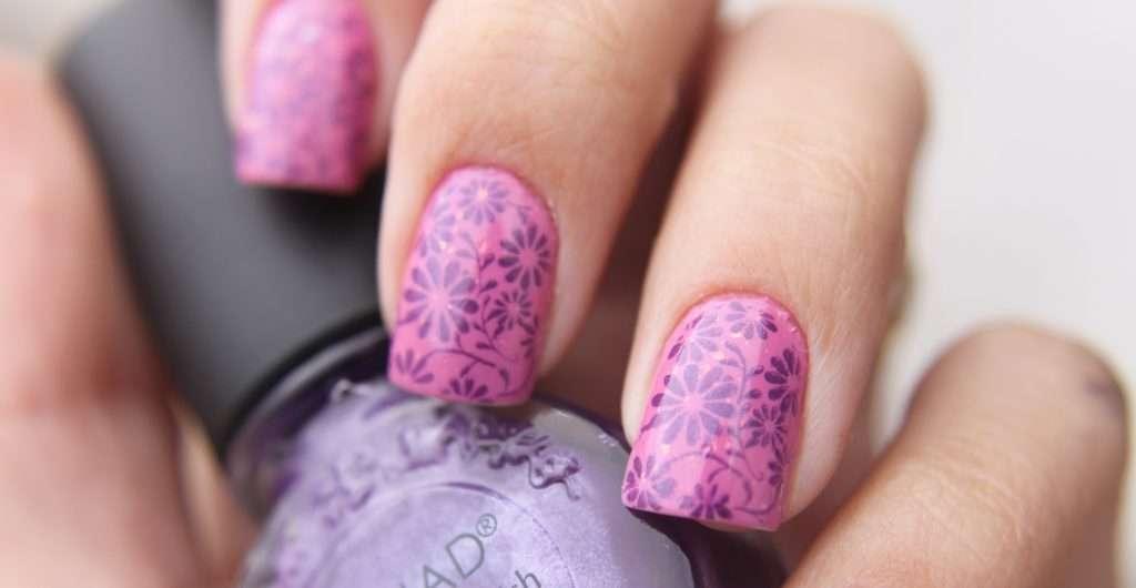 Flower_nail_art