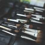 7 pennelli da trucco di cui hai assolutamente bisogno