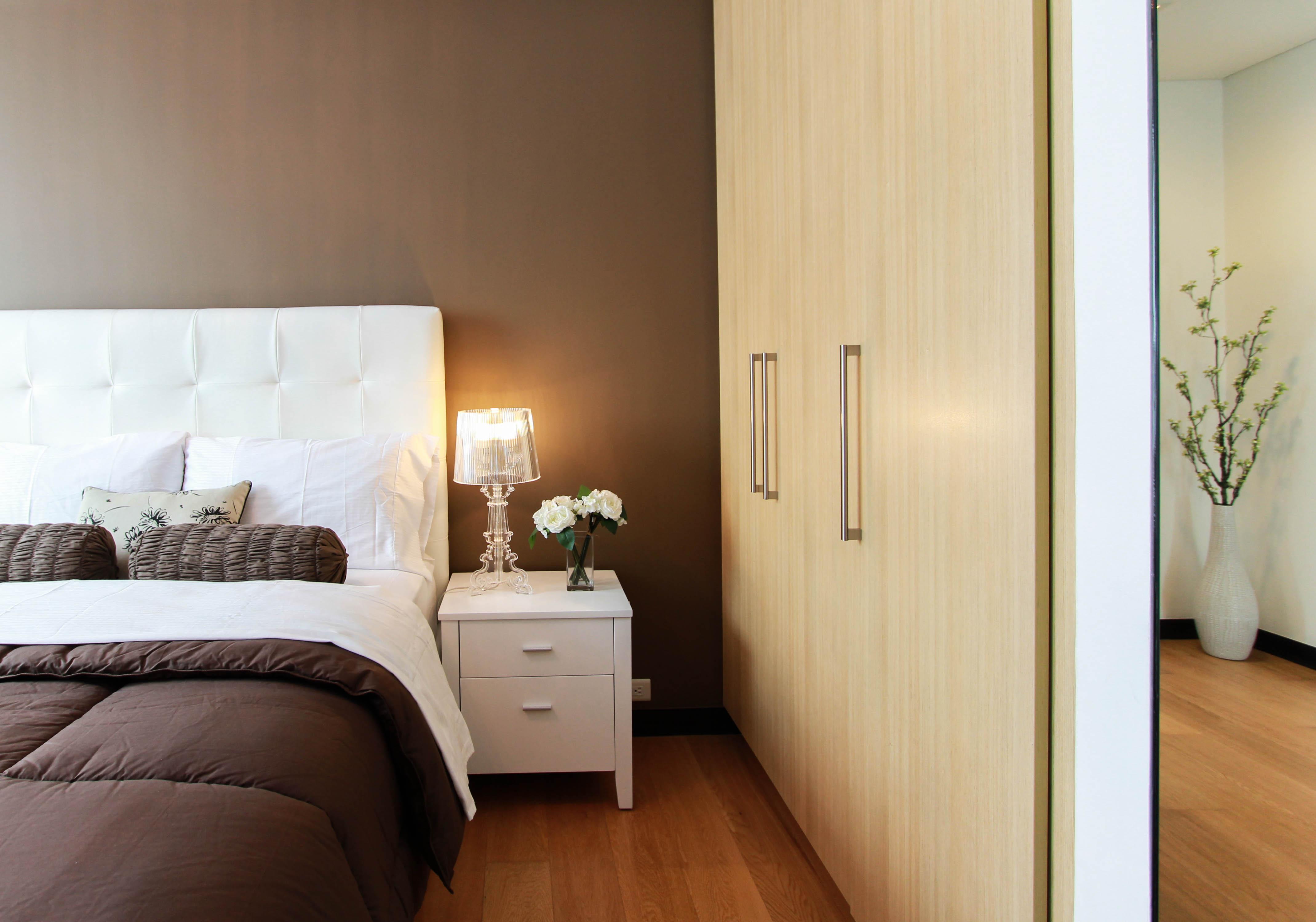 come arrestare la camera da letto in stile moderno