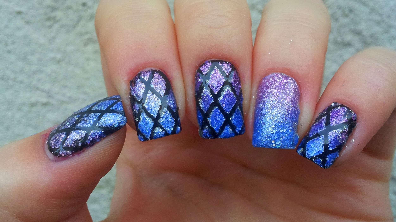La nail art effetto sirena