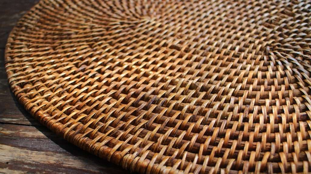 table-mat-1417159_1920