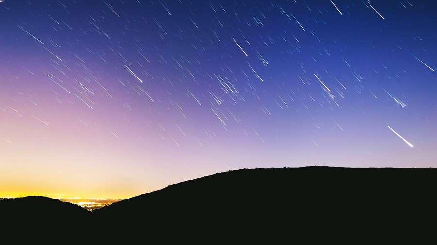 foto di stelle cadenti